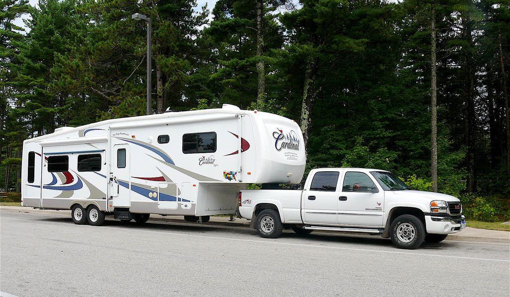 Different Types of RVs - There are so many different RV types and they're called different names all over the world! Which makes it a little tricky for those of us not in the US (i.e. NZ! :-)) This article lists out all the different variations. Fifth wheel