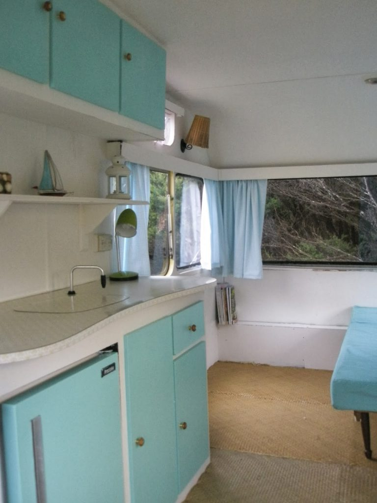 Vintage Trailer Restorations help us to remember a little piece of our history. Check out these lovely restorations of classic old travel trailers. Do you love these too?