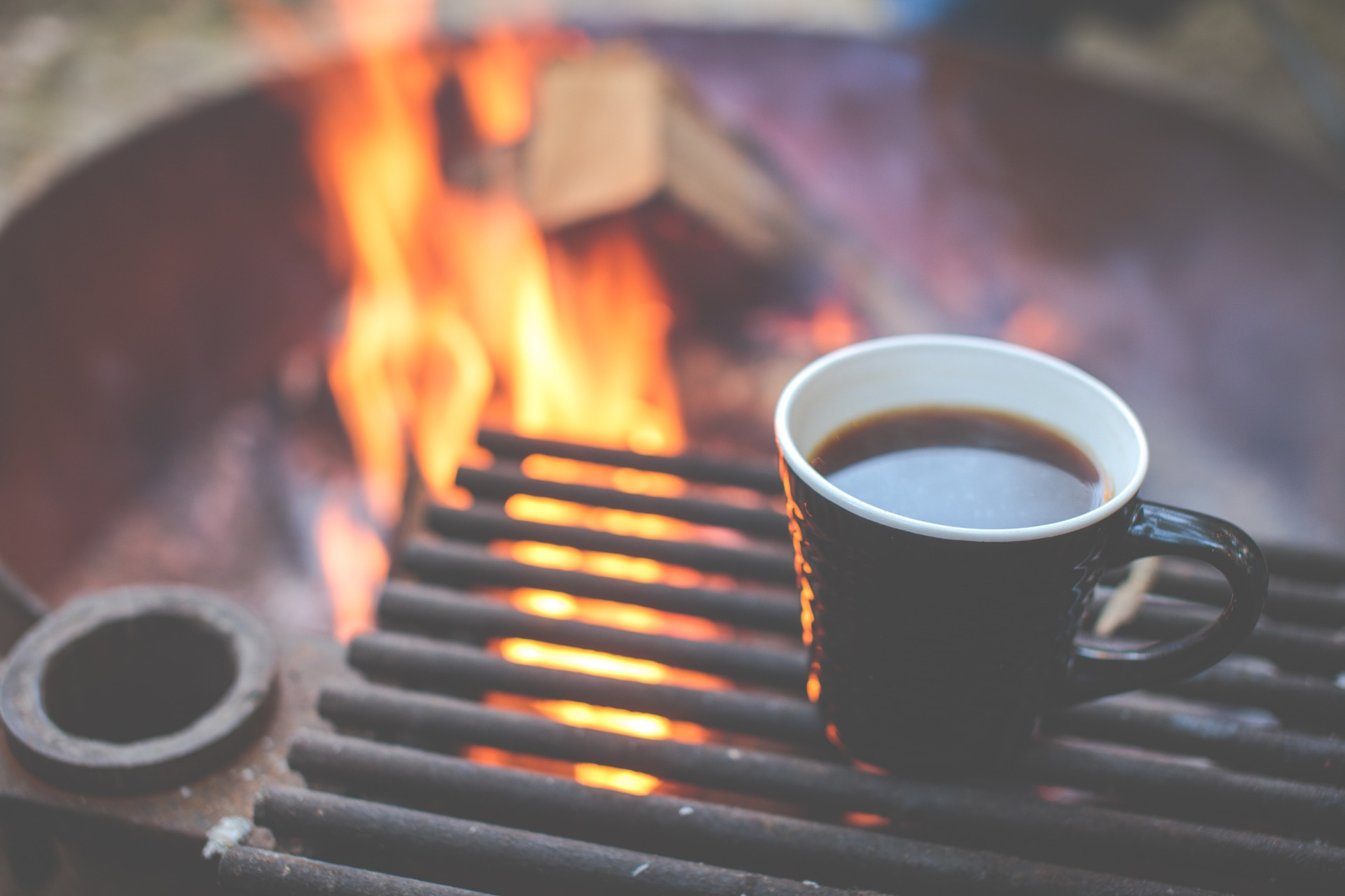 Rv 12 volt appliances for your kitchen - no need to get the camp fire crackling just to make a cup of coffee. Click here to read about the 12v appliances that will be perfect for your small RV kitchen.